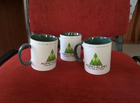 Корпоративные чашки с логотипом, символикой компании