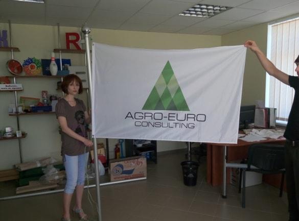 Печать на флажной сетке, флаг с логотипом компании