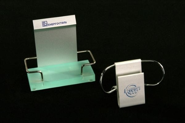 Візитниця - підставка під візитки із акрила, пластика, оргскла