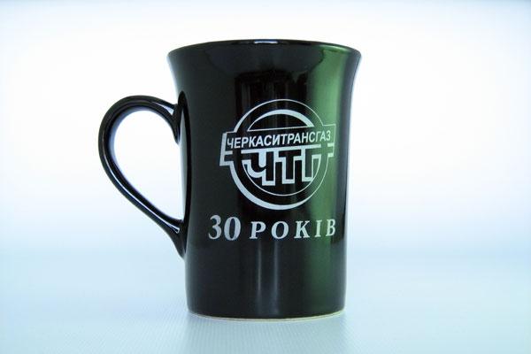 Печать на чашках логотипа