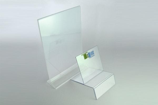Прозрачные пластиковые подставки