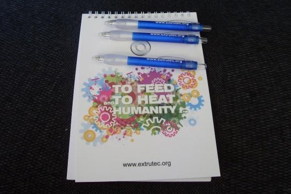 Брендування ручок і блокнотів символікою, логотипом компанії