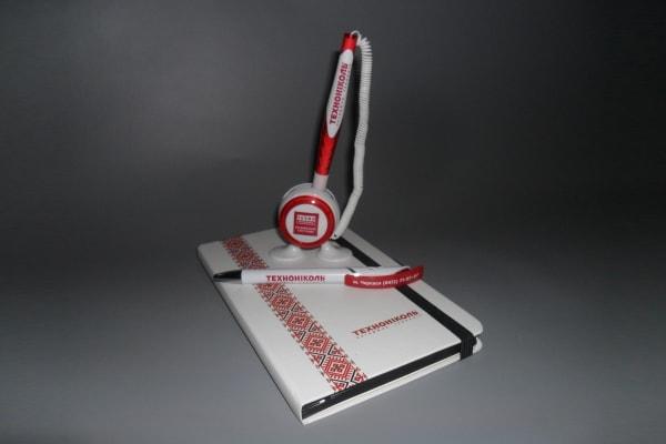Виготовлення корпоративних ручок і щоденників з логотипом компанії