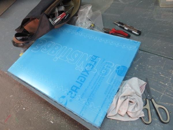 Виготовлення акрилайта, прозорої вивіски із акрила для магазина