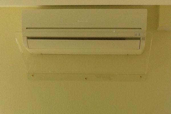 Захисна накладка, екран для кондиціонера - захист від потоків холодного повітря