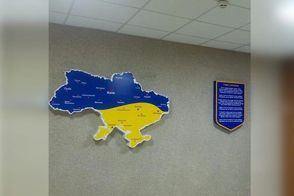 Лайтбокс в форме карты Украины с подсветкой - изготовление и монтаж